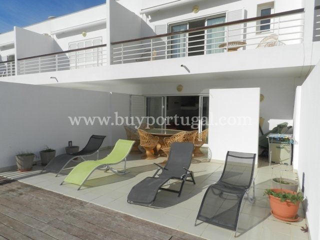 3 Bedroom Apartment Lagos, Western Algarve Ref: GA358
