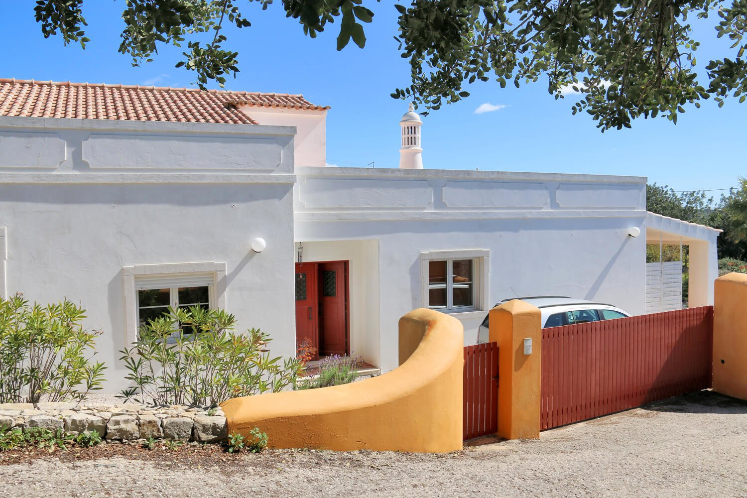 4 Bedroom Villa Loule, Central Algarve Ref: JV10330