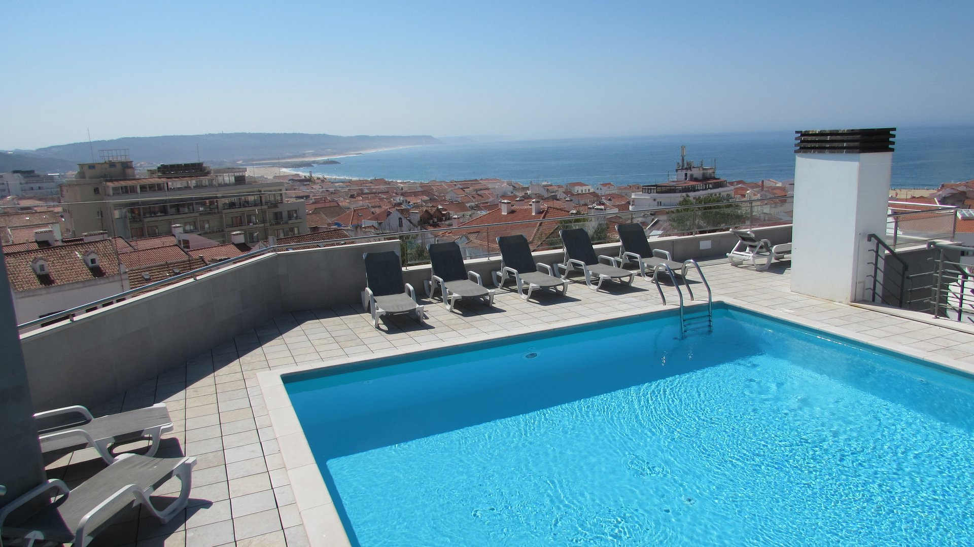 3 Bedroom Apartment Nazare, Silver Coast Ref: AA352