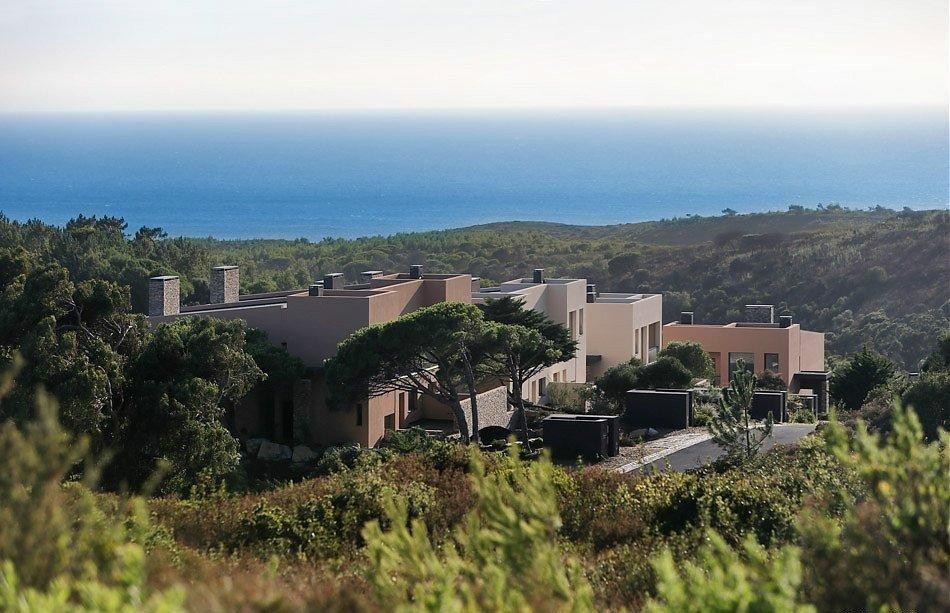 3 Bedroom Villa Cascais, Lisbon Ref: AVI313