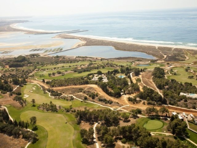 Plot Lagos, Western Algarve Ref: APA30