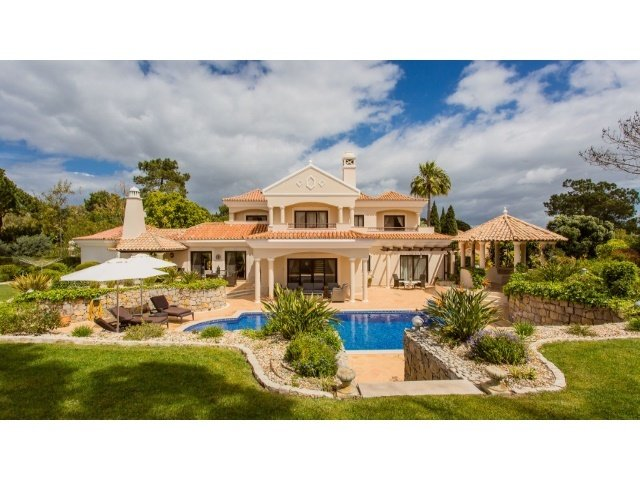 4 Bedroom Villa Quinta Do Lago, Central Algarve Ref: AVA32