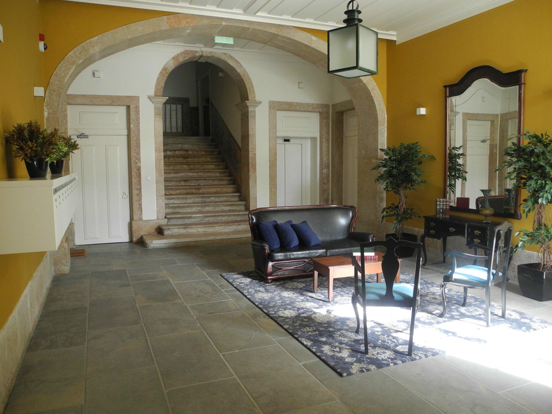 4 Bedroom Apartment Lisbon, Lisbon Ref: AAI320