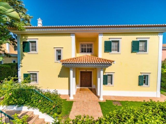 4 Bedroom Villa Quinta Do Lago, Central Algarve Ref: AVA36