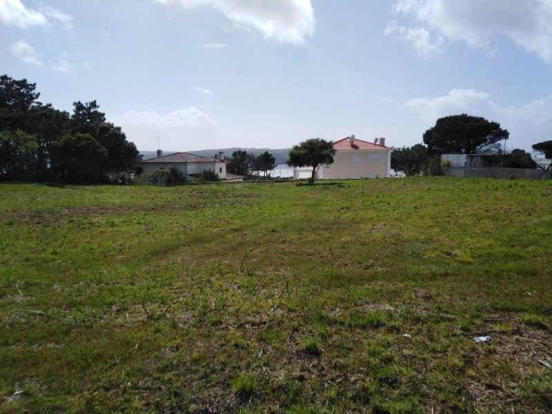 Plot Foz do Arelho, Silver Coast Ref: AP247