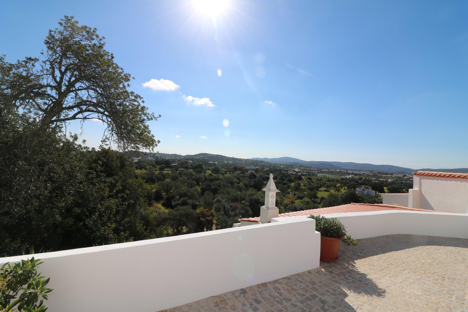3 Bedroom Villa Sao Bras de Alportel, Central Algarve Ref: JV10350