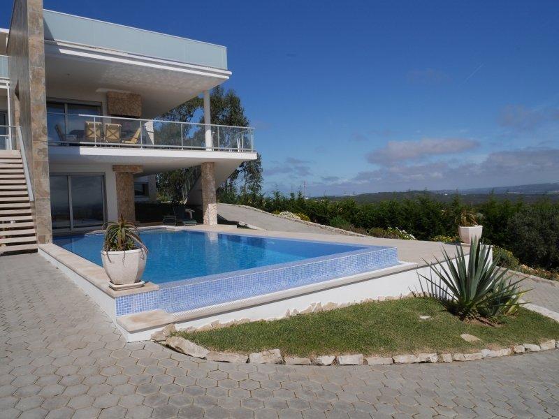 3 Bedroom Villa Caldas da Rainha, Silver Coast Ref: AV1977
