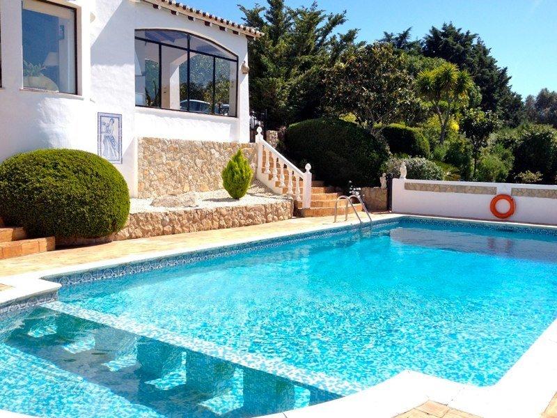 3 Bedroom Villa Alvor, Western Algarve Ref: GV575