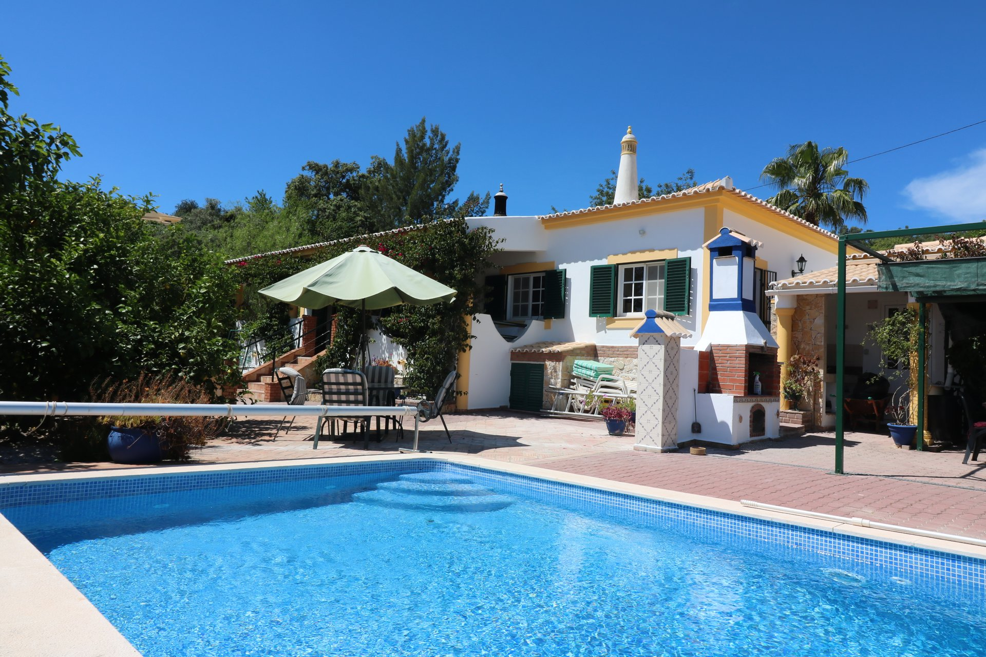 3 Bedroom Villa Sao Bras de Alportel, Central Algarve Ref: JV10353