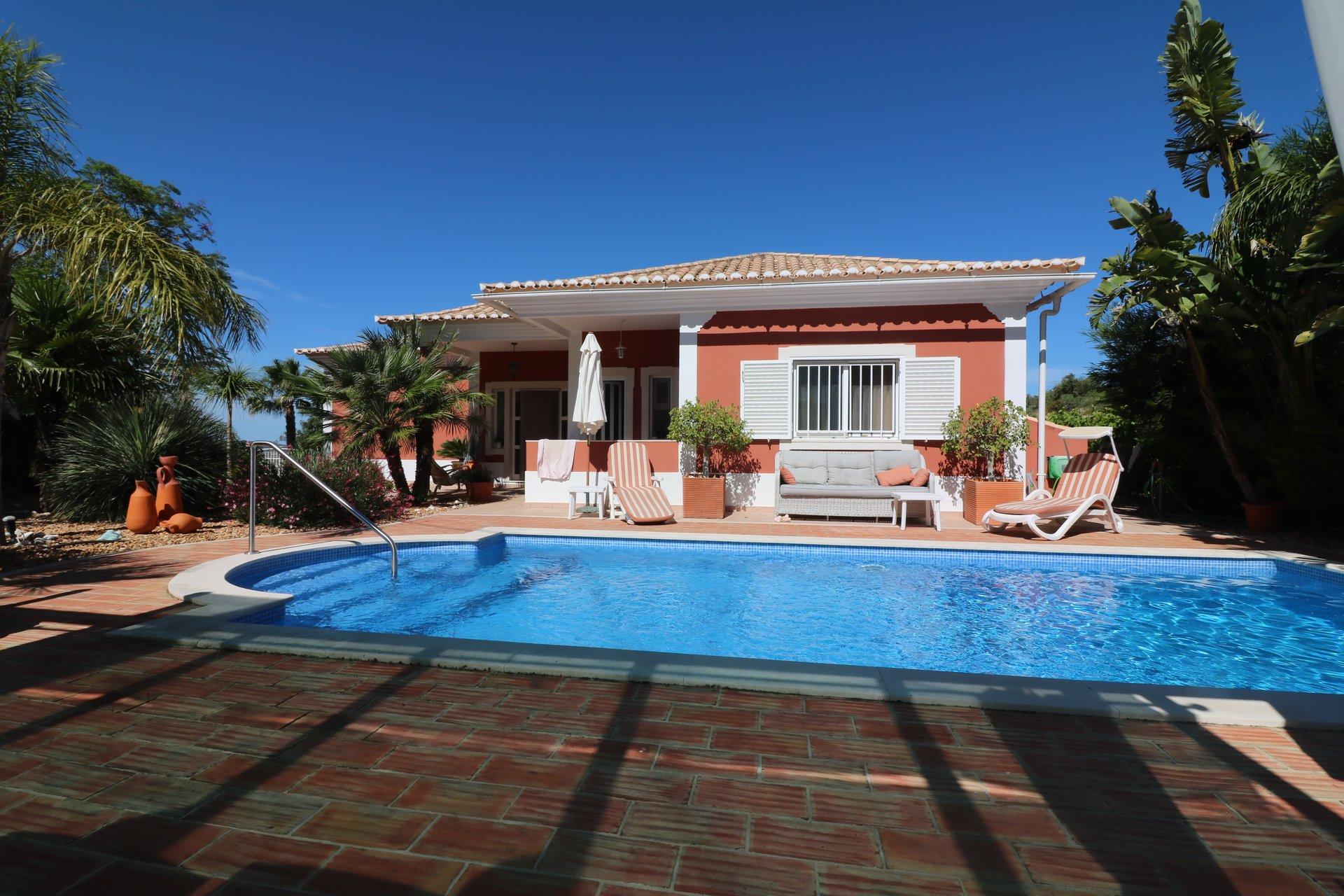 3 Bedroom Villa Sao Bras de Alportel, Central Algarve Ref: JV10357
