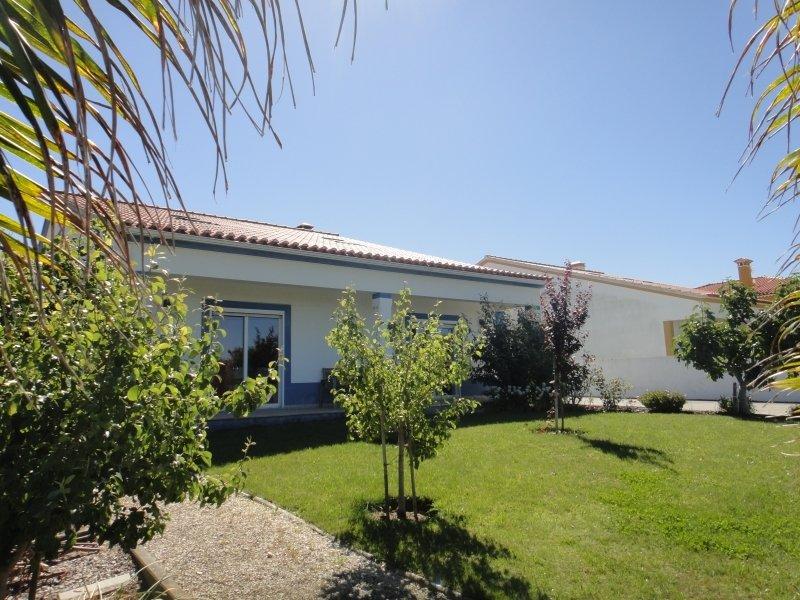 5 Bedroom Villa Caldas da Rainha, Silver Coast Ref: AV1983