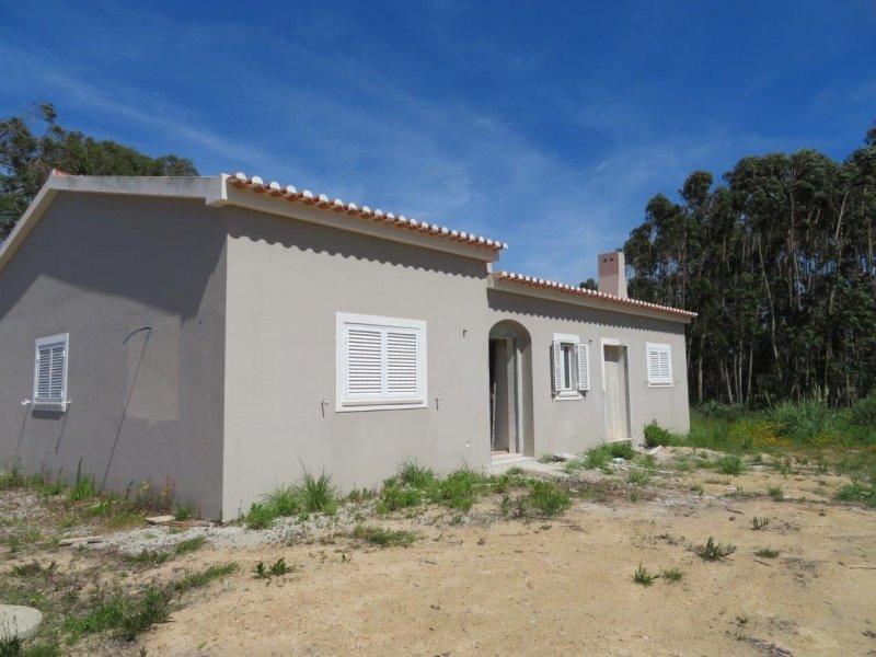 3 Bedroom Villa Obidos, Silver Coast Ref: AV1982