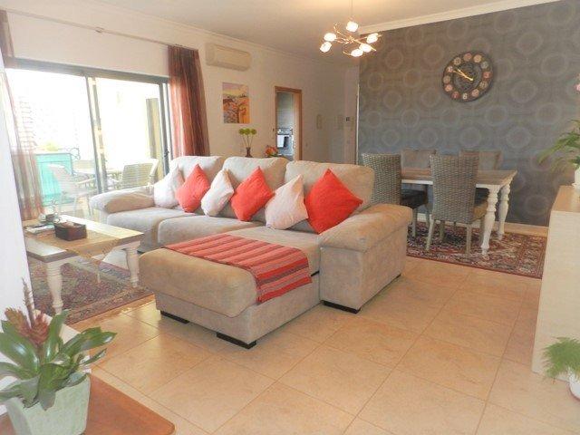 2 Bedroom Apartment Lagos, Western Algarve Ref: GA367