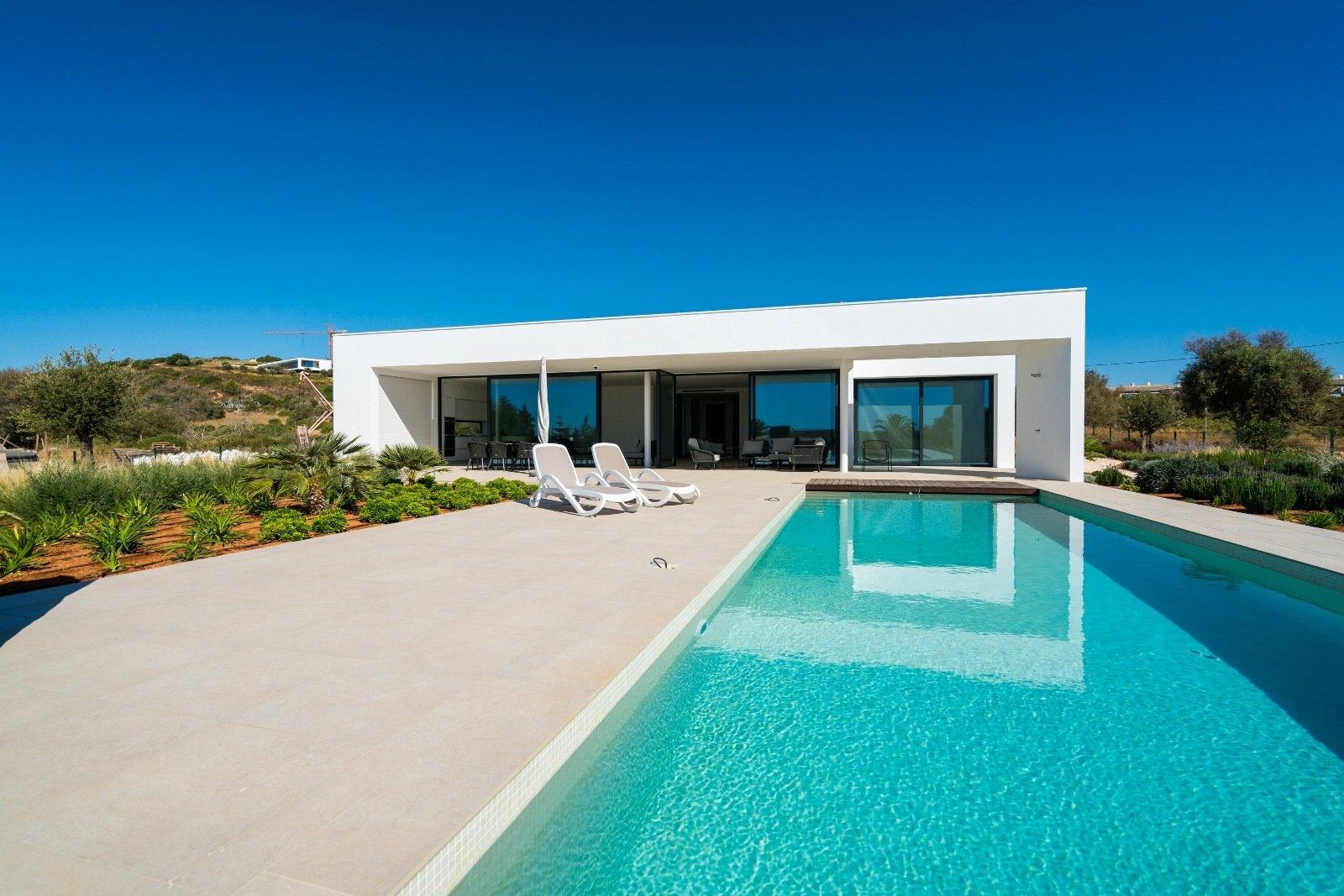 5 Bedroom Villa Lagos, Western Algarve Ref: GV493E