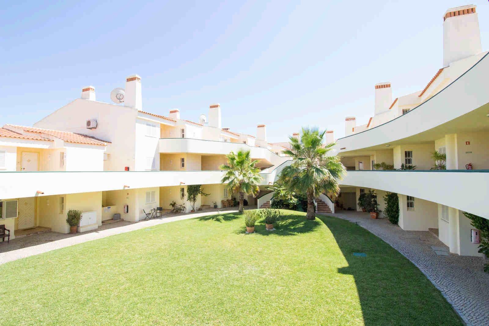 1 Bedroom Apartment Vale do Lobo, Central Algarve Ref: PA3491
