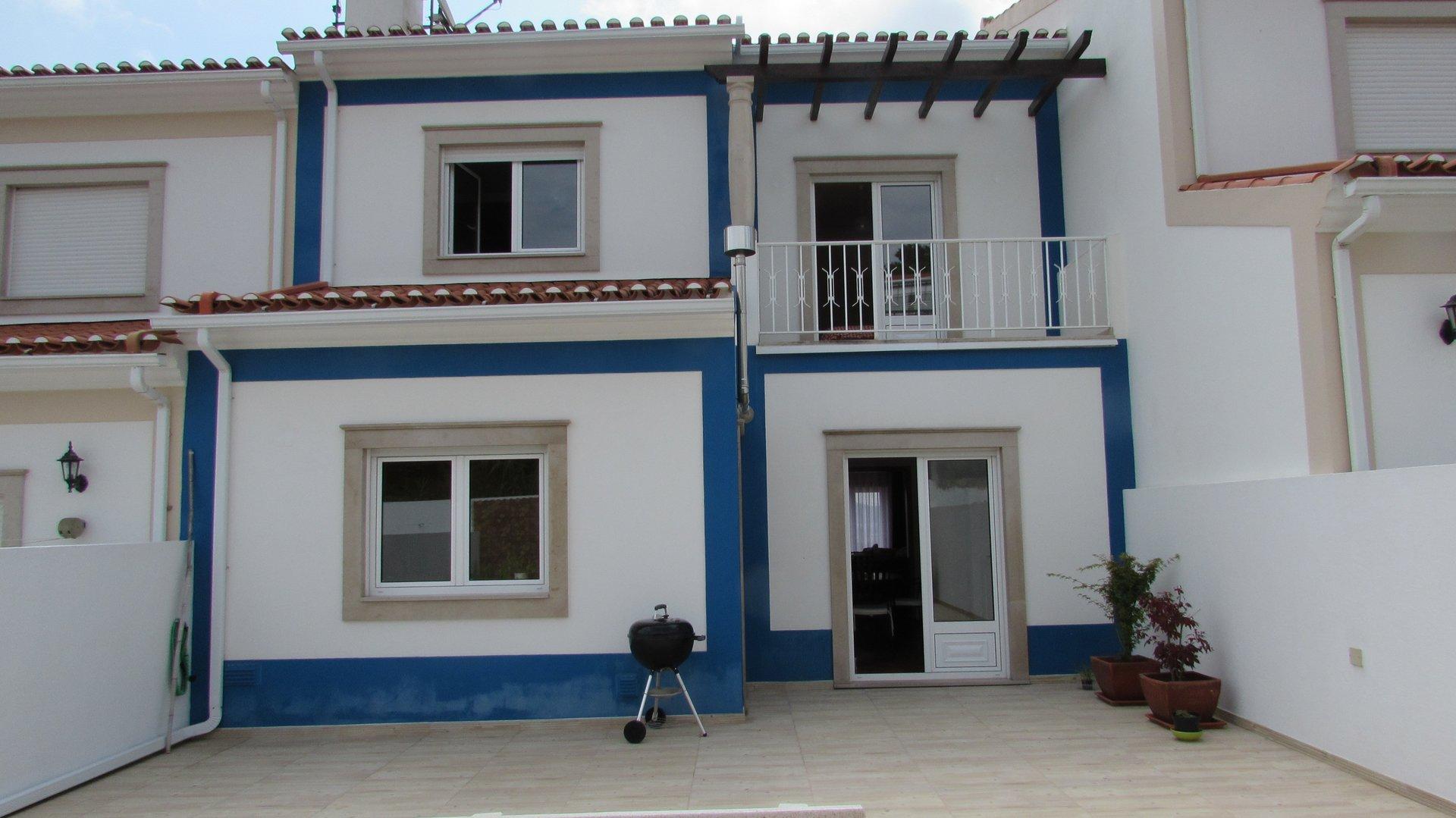 3 Bedroom Townhouse Sao Martinho do Porto, Silver Coast Ref: AV1996