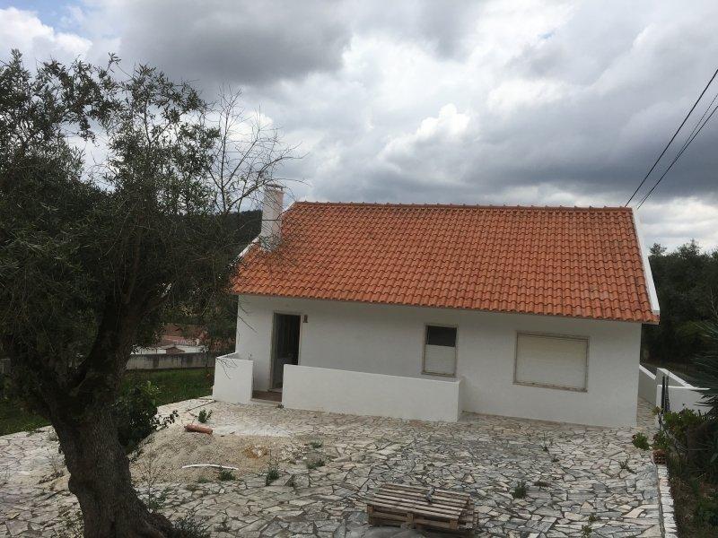 3 Bedroom Villa Caldas da Rainha, Silver Coast Ref: AV1992