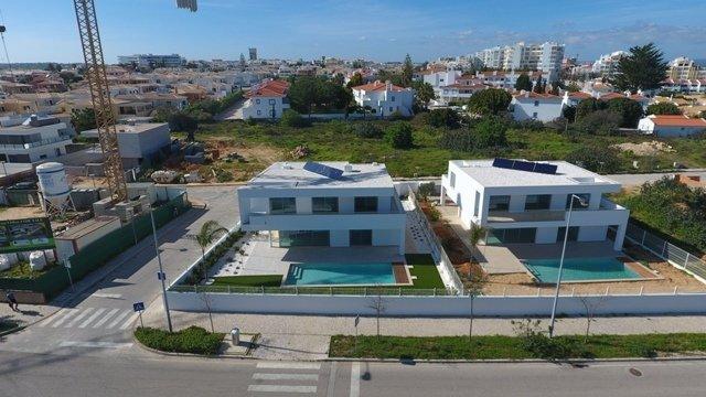 4 Bedroom Villa Lagos, Western Algarve Ref: GV403B