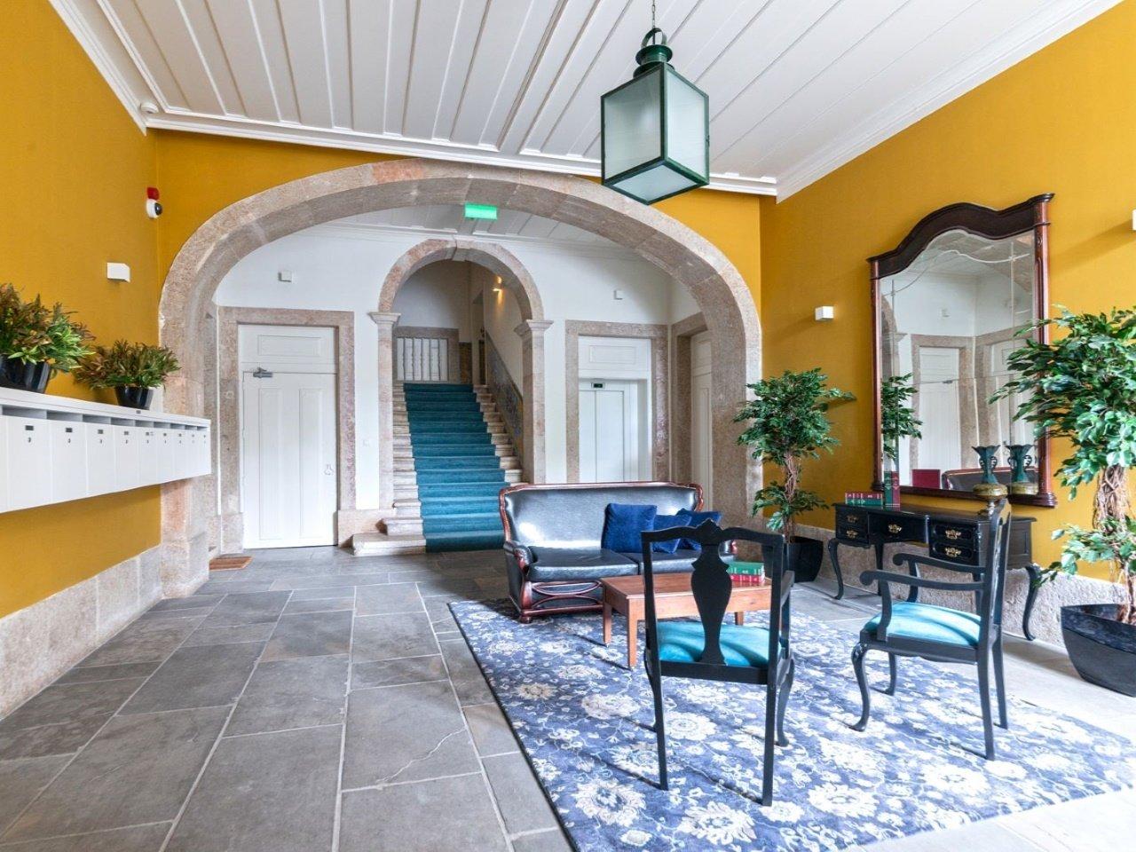 4 Bedroom Apartment Lisbon, Lisbon Ref: AAM186