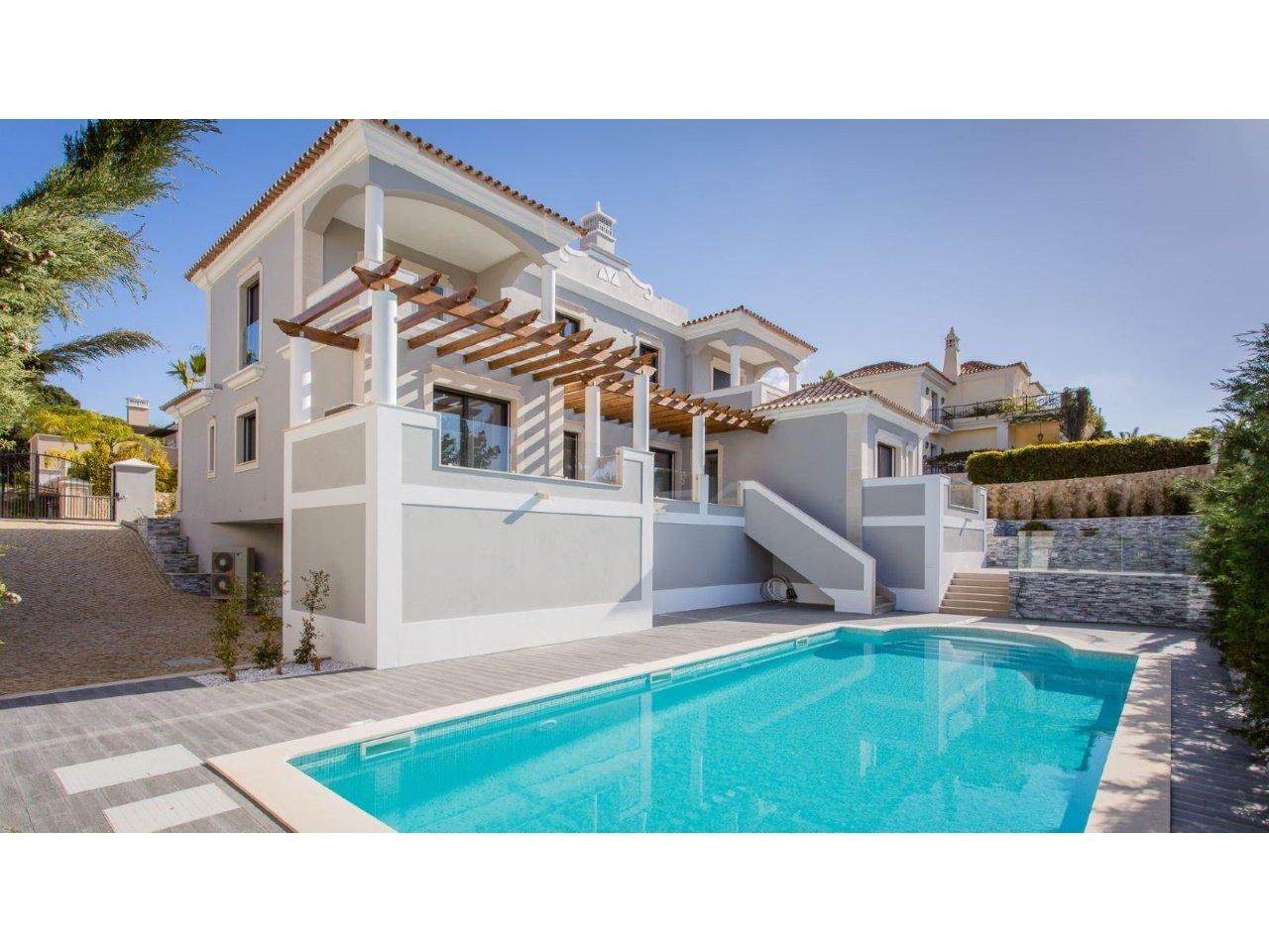 4 Bedroom Villa Quinta Do Lago, Central Algarve Ref: AVA50