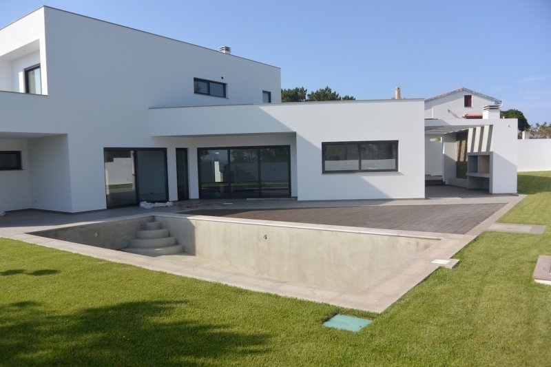 3 Bedroom Villa Foz do Arelho, Silver Coast Ref: AV2004