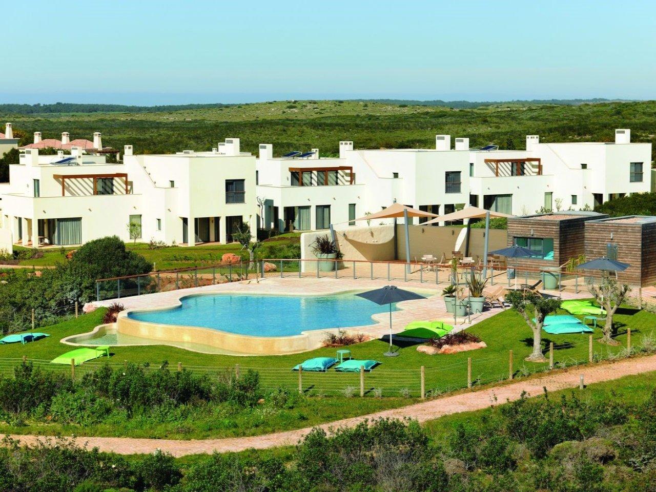 1 Bedroom Townhouse Sagres, Western Algarve Ref: AVA52
