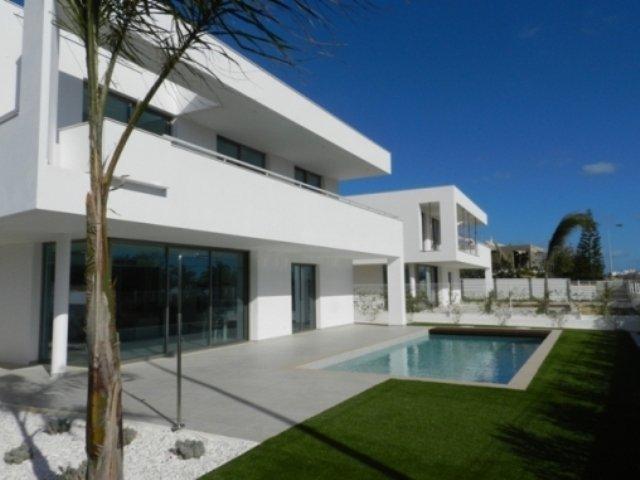 3 Bedroom Villa Lagos, Western Algarve Ref: GV403D