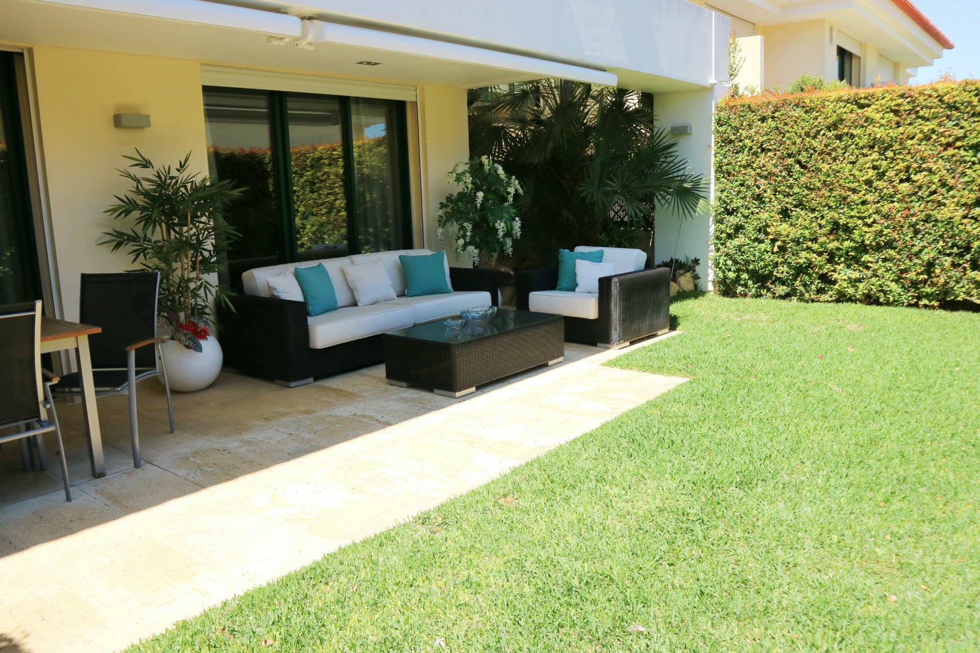 4 Bedroom Apartment Cascais, Lisbon Ref: AAI335