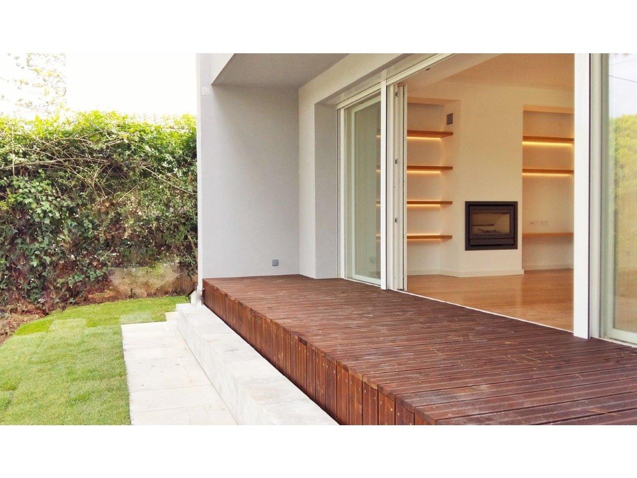 3 Bedroom Villa Cascais, Lisbon Ref: AVM192