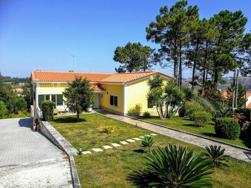 3 Bedroom Villa Caldas da Rainha, Silver Coast Ref: AV2009