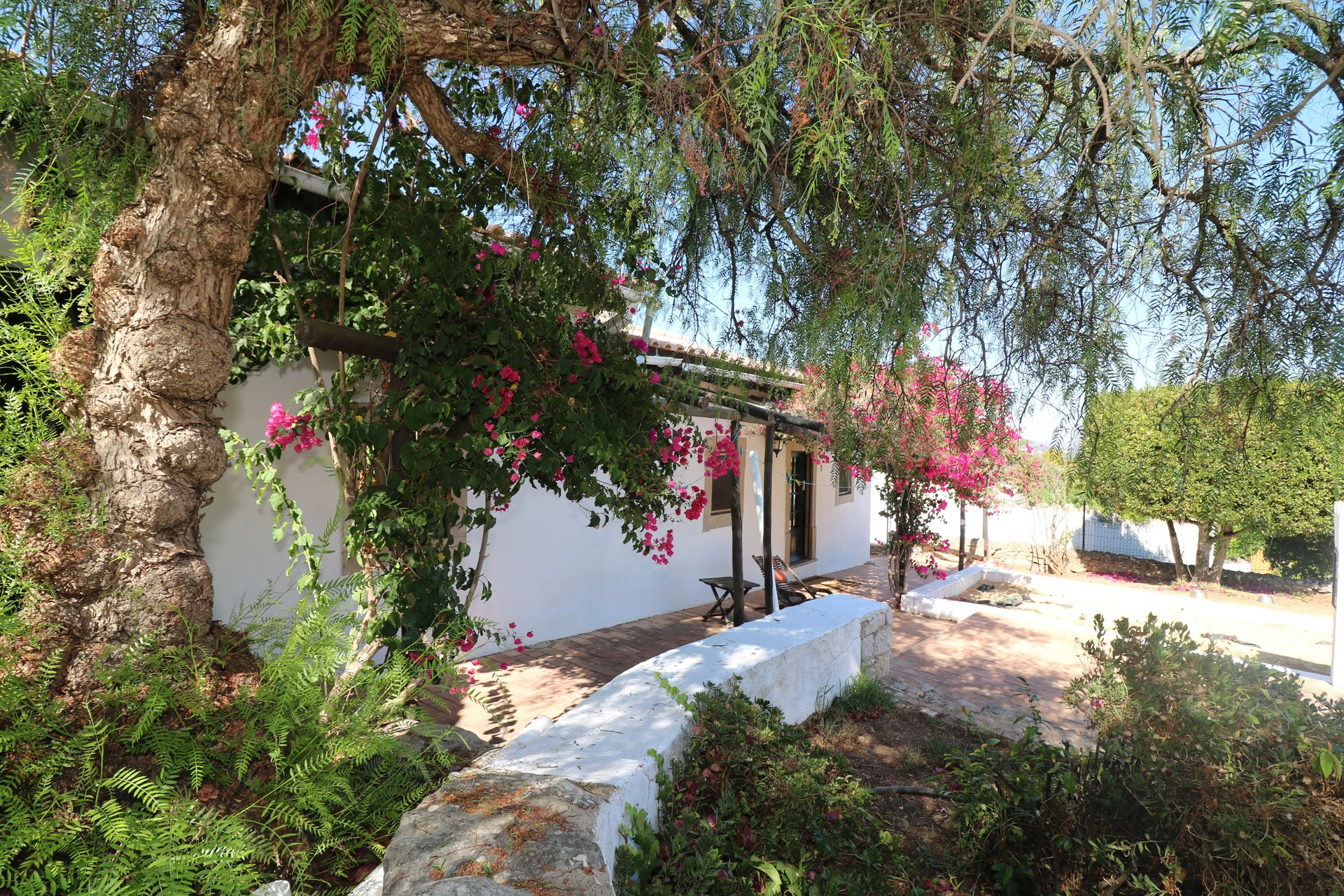4 Bedroom House Sao Bras de Alportel, Central Algarve Ref: JV10380