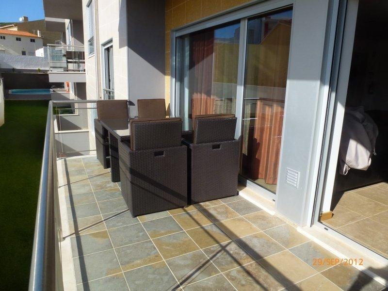 1 Bedroom Apartment Sao Martinho do Porto, Silver Coast Ref: AA353