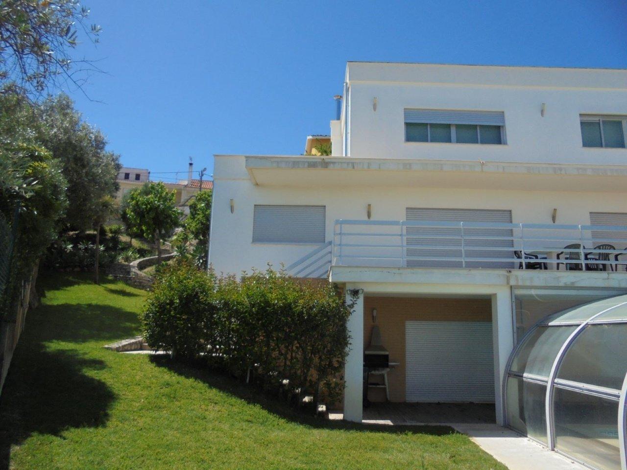 5 Bedroom Villa Cascais, Lisbon Ref: AVM199