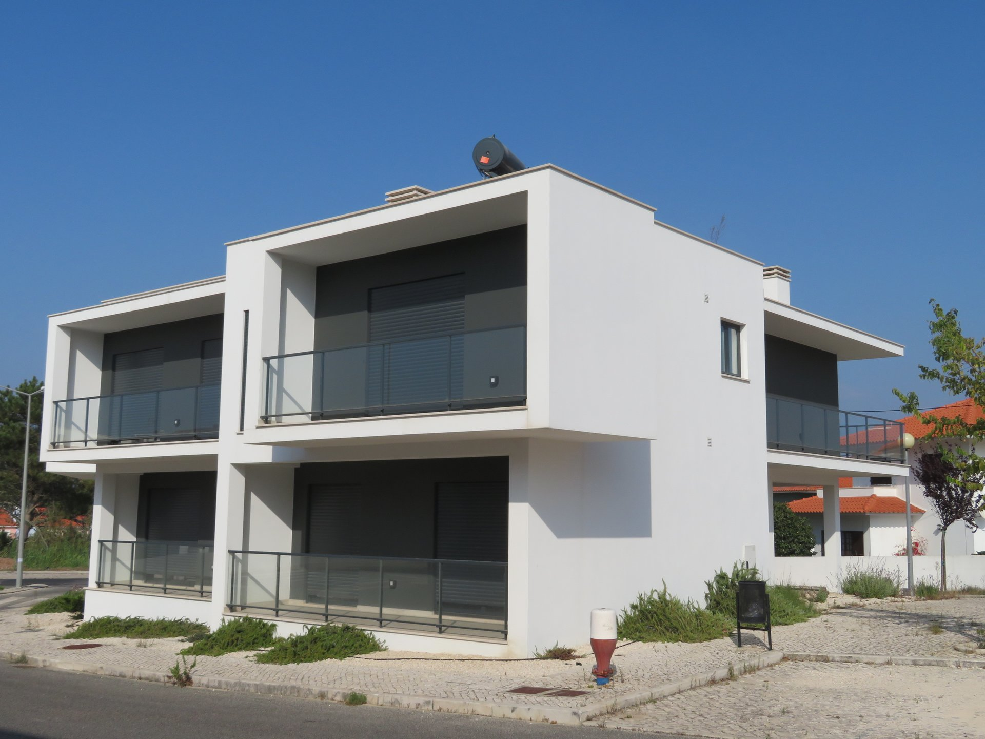 2 Bedroom Apartment Sao Martinho do Porto, Silver Coast Ref: AA354