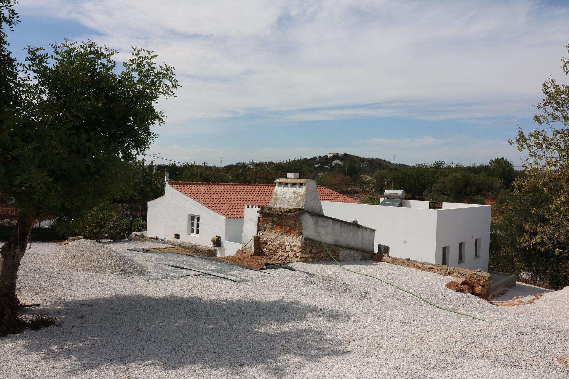 4 Bedroom Villa Sao Bras de Alportel, Central Algarve Ref: JV10381