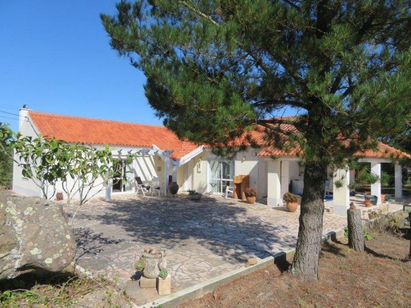 2 Bedroom Villa Obidos, Silver Coast Ref: AV2019