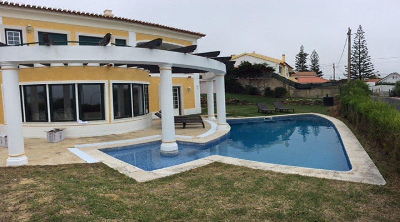 4 Bedroom Villa Sintra, Lisbon Ref: AVM207