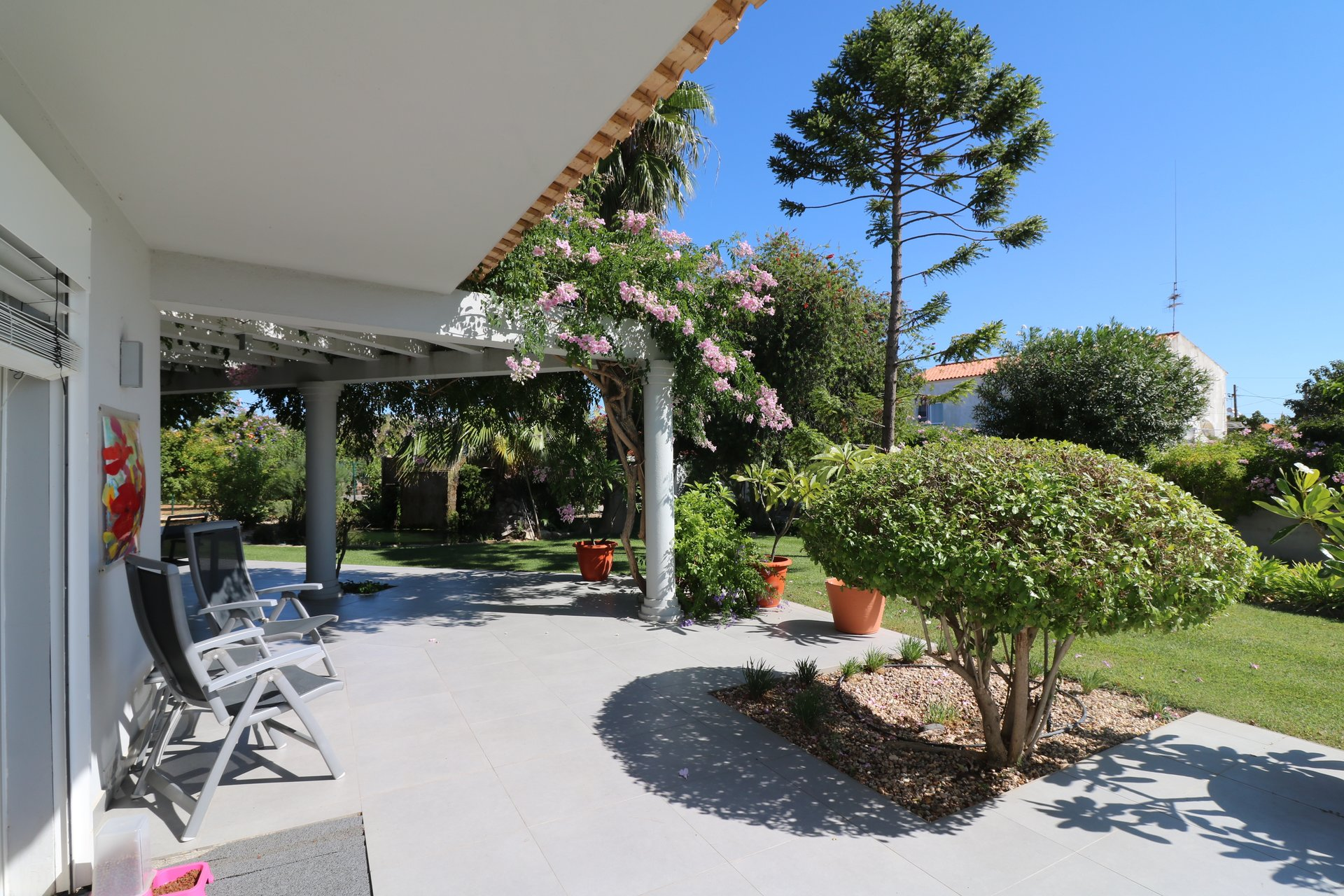 4 Bedroom Villa Almancil, Central Algarve Ref: JV10383