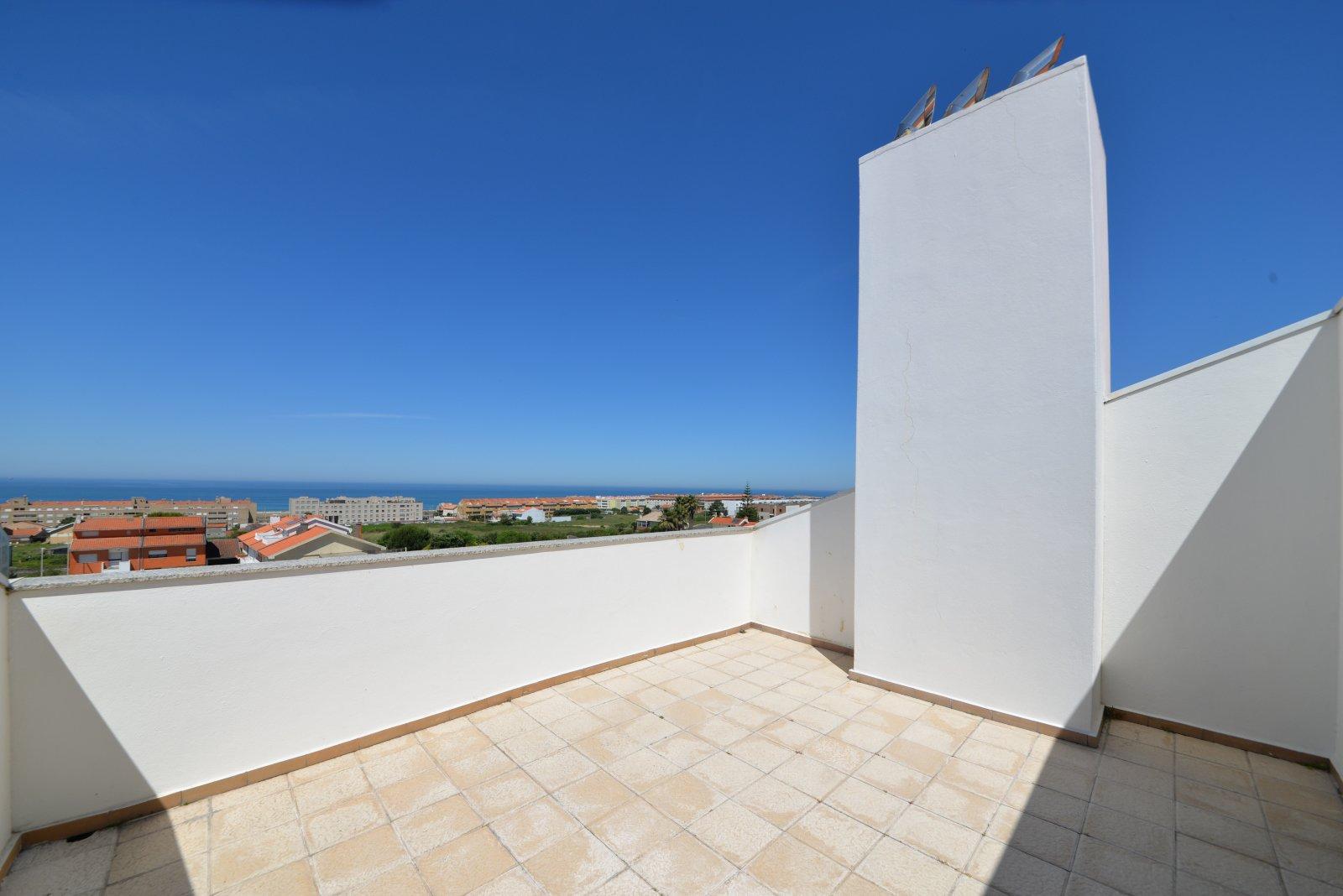 4 Bedroom Apartment Vila Nova de Gaia, Porto Ref: AAP53