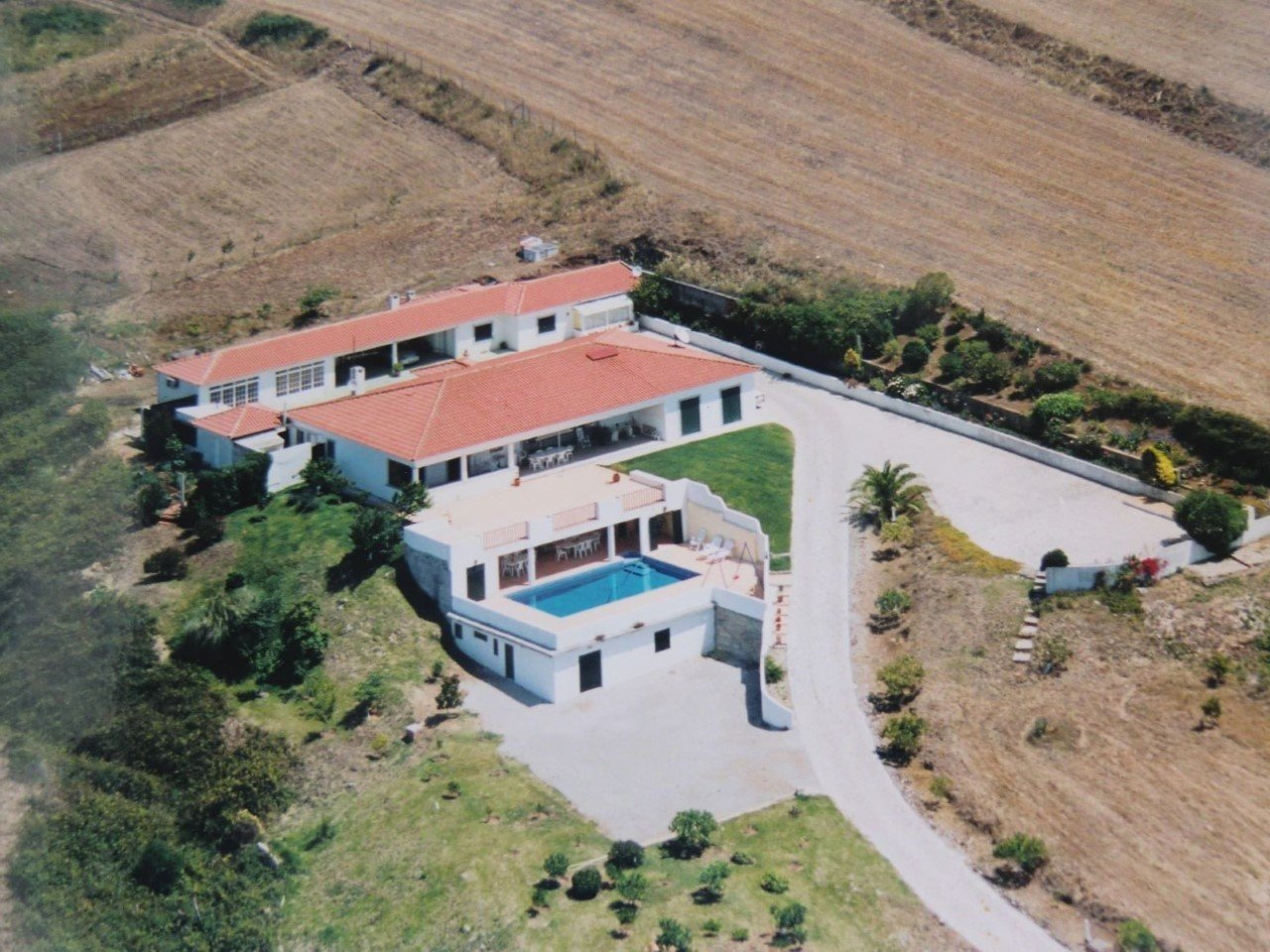 5 Bedroom Villa Cascais, Lisbon Ref: AVM211