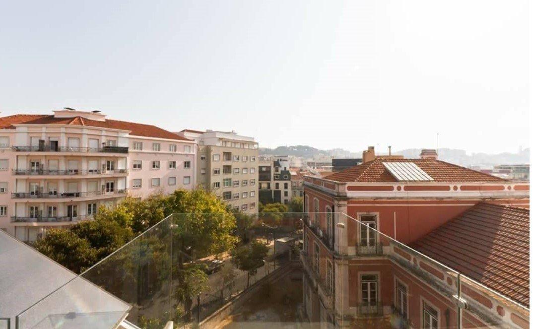 4 Bedroom Penthouse Lisbon, Lisbon Ref: AAM212