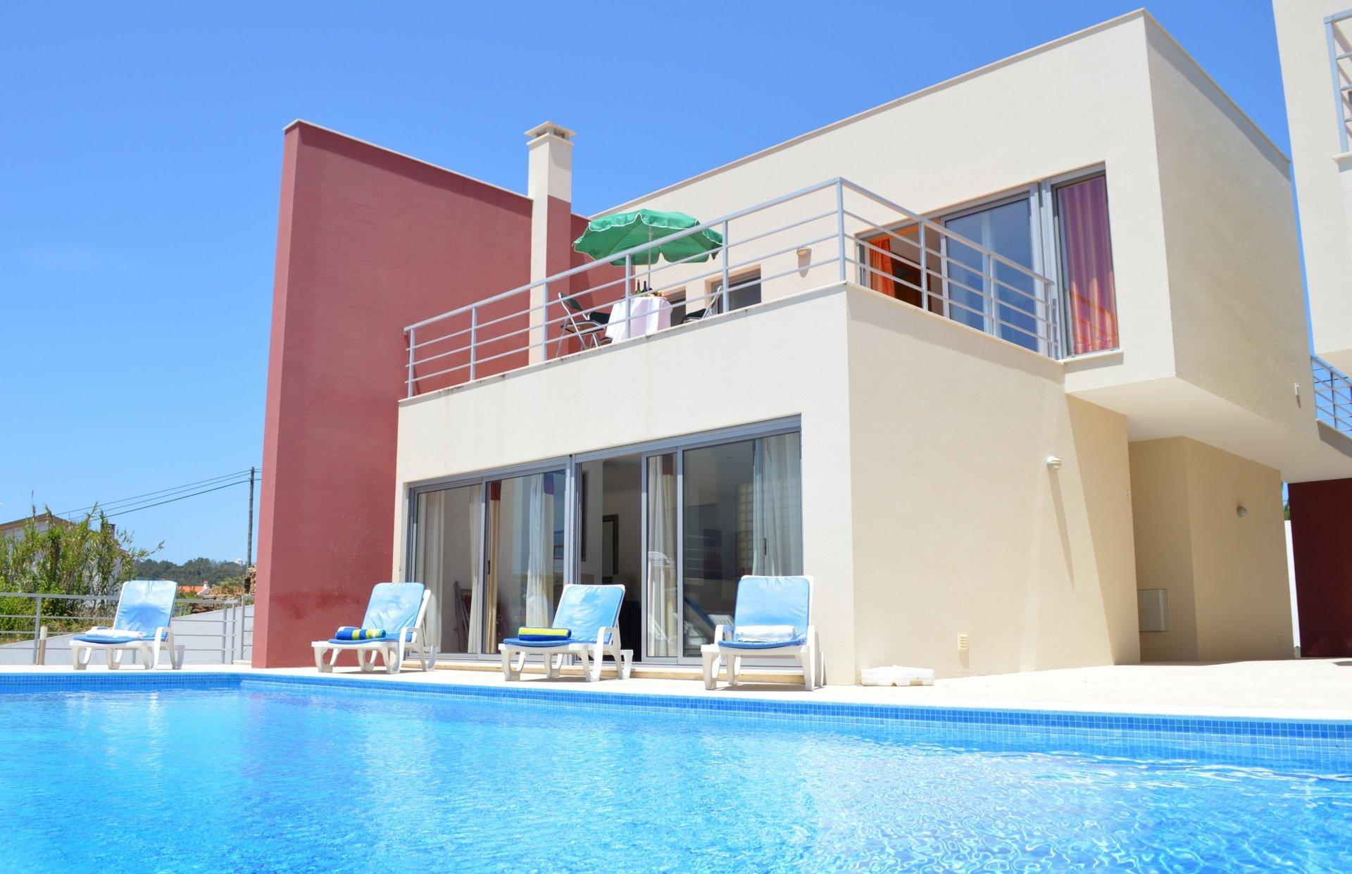 3 Bedroom Villa Foz do Arelho, Silver Coast Ref: AV2027