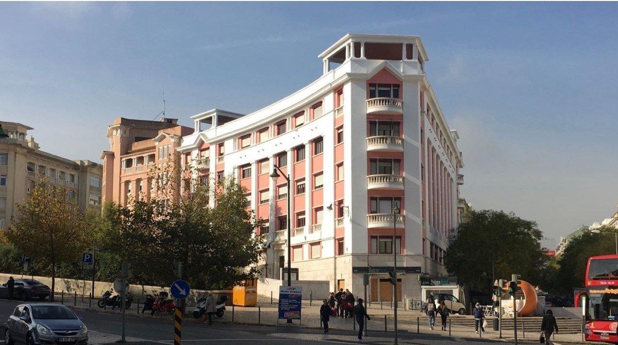 2 Bedroom Apartment Lisbon, Lisbon Ref: AAM219