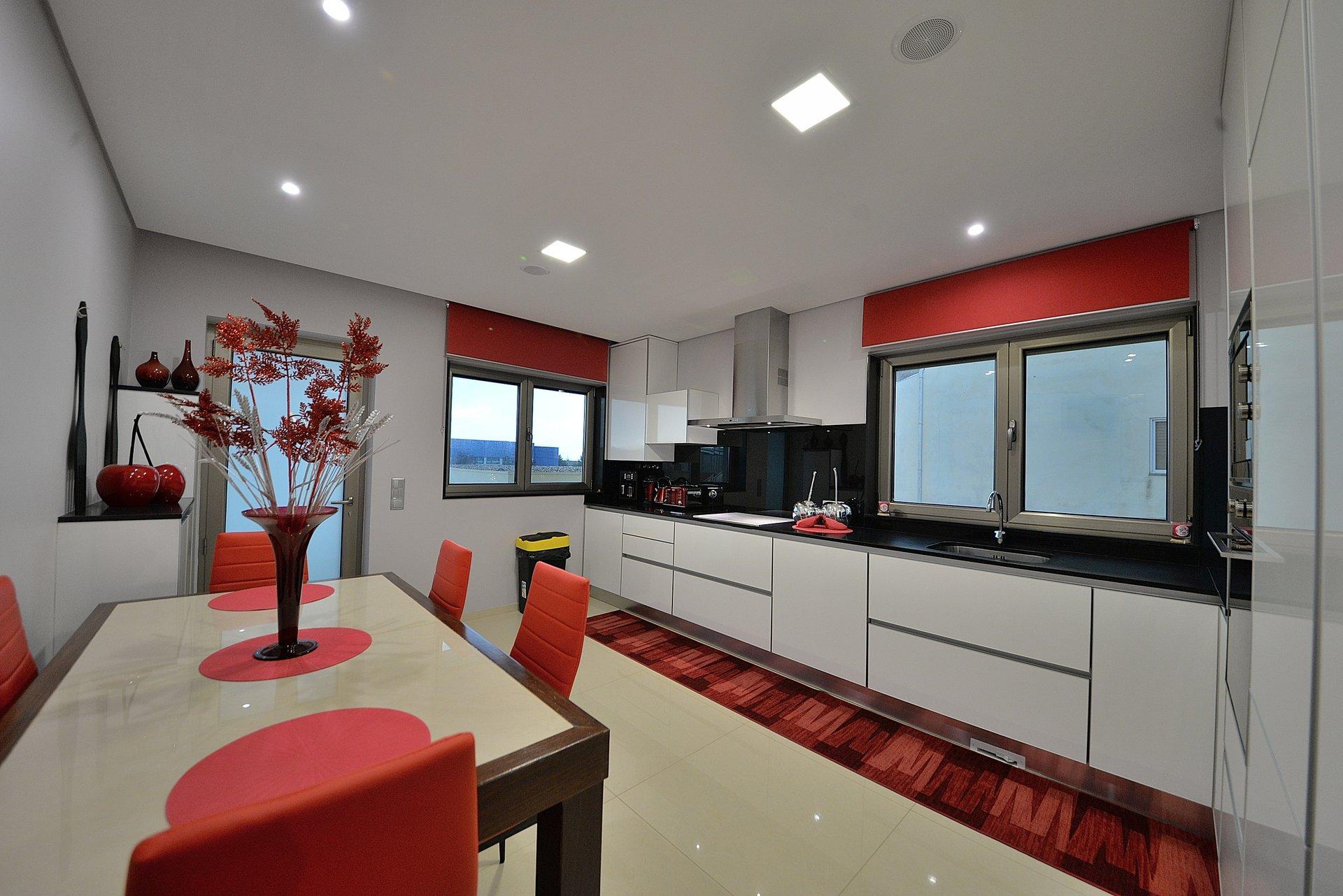 3 Bedroom Villa Vila Nova de Gaia, Porto Ref: AVP67