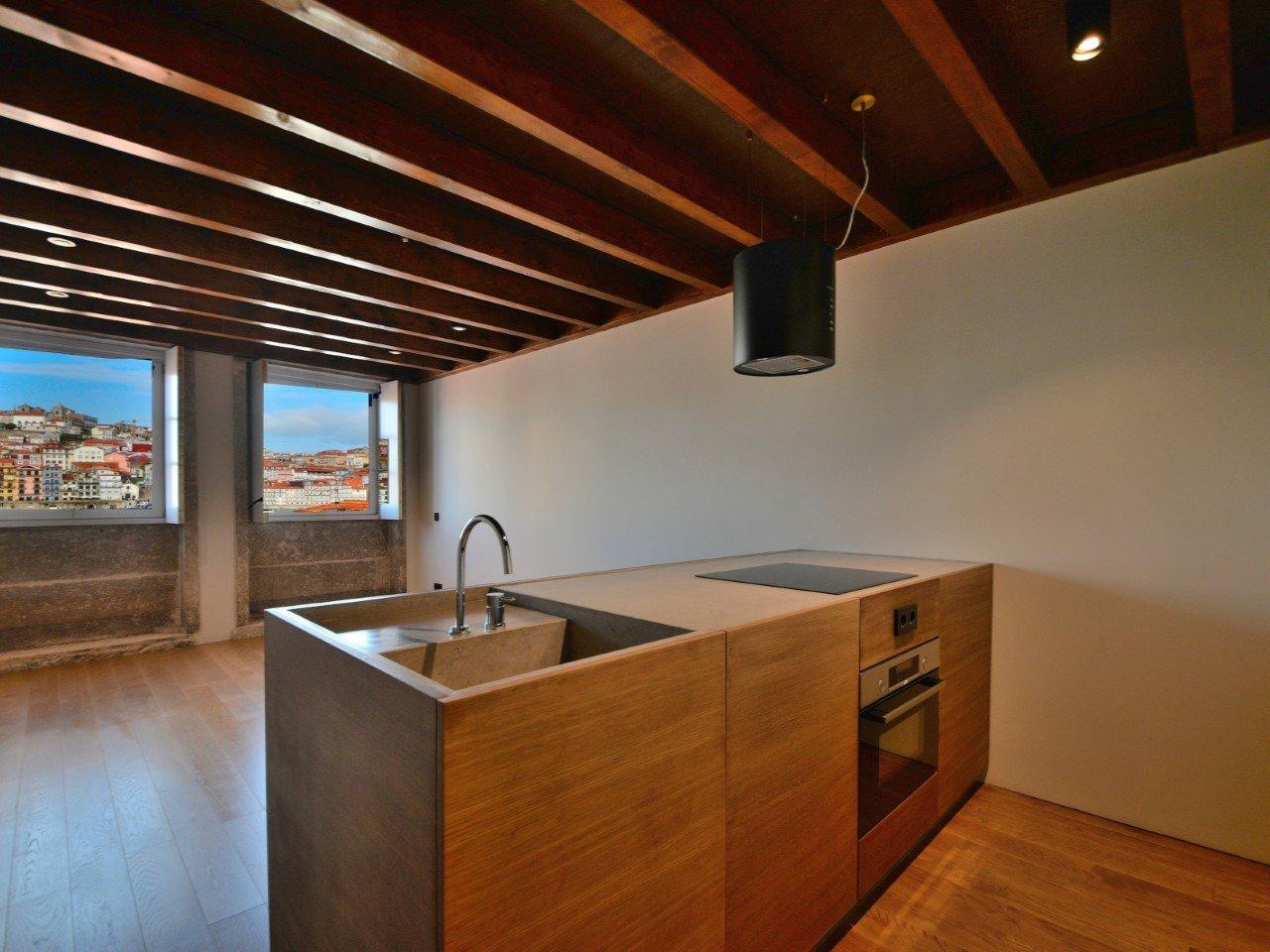 1 Bedroom Apartment Vila Nova de Gaia, Porto Ref: AAP68