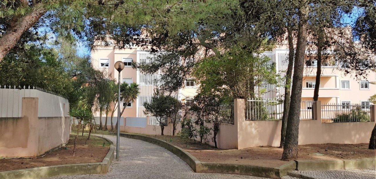 3 Bedroom Apartment Cascais, Lisbon Ref: AAM231