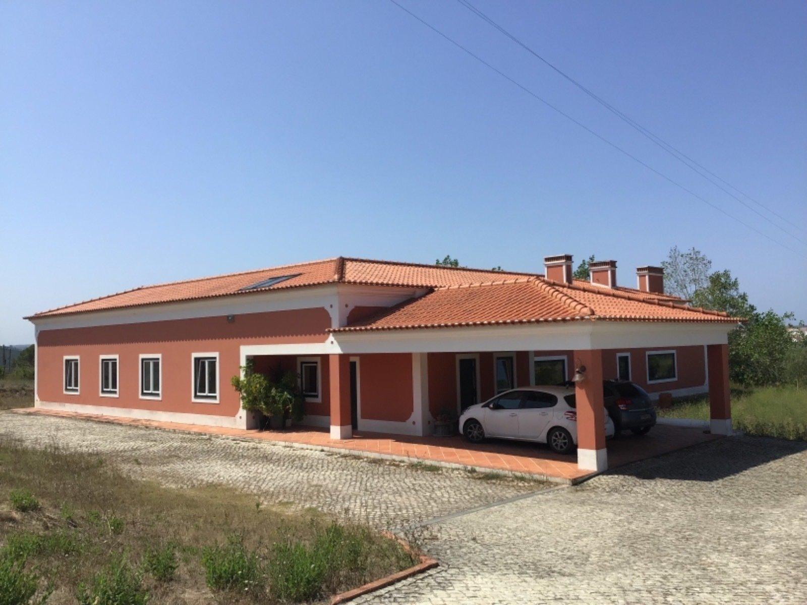 6 Bedroom Villa Obidos, Silver Coast Ref: AV2045