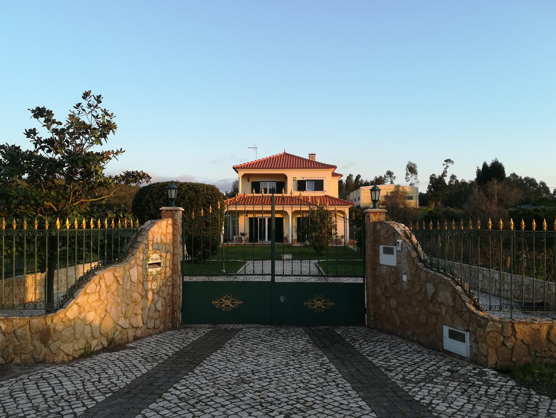 3 Bedroom Villa Bombarral, Silver Coast Ref: AV2046