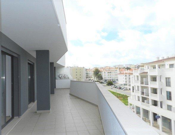 3 Bedroom Apartment Lagos, Western Algarve Ref: GA382
