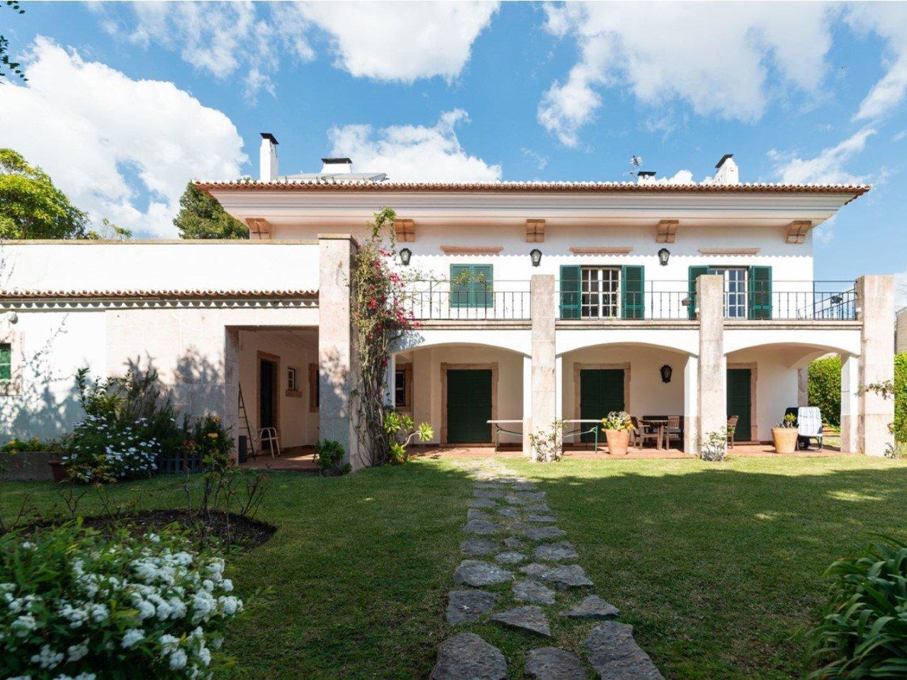 5 Bedroom Villa Lisbon, Lisbon Ref: AVM240